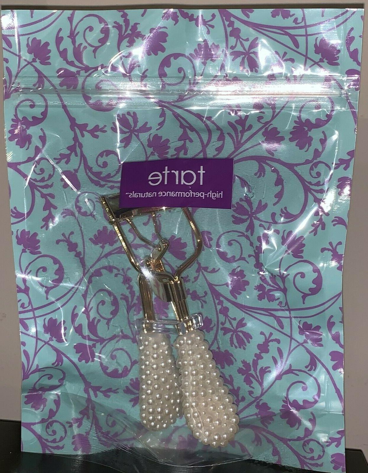 eyelash curler with faux pearl handle sealed